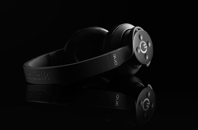 Muzik's $300 headphones are ready to share your #nowplaying