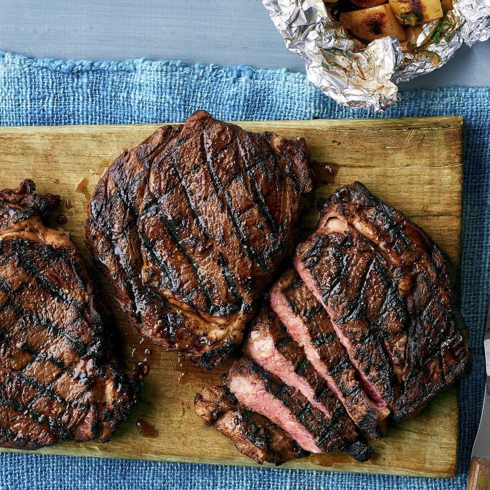 Celebrate Dad With One of These Delicious Father's Day Dinner Recipes