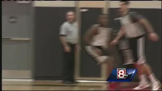 Red Claws fans get up close look at team