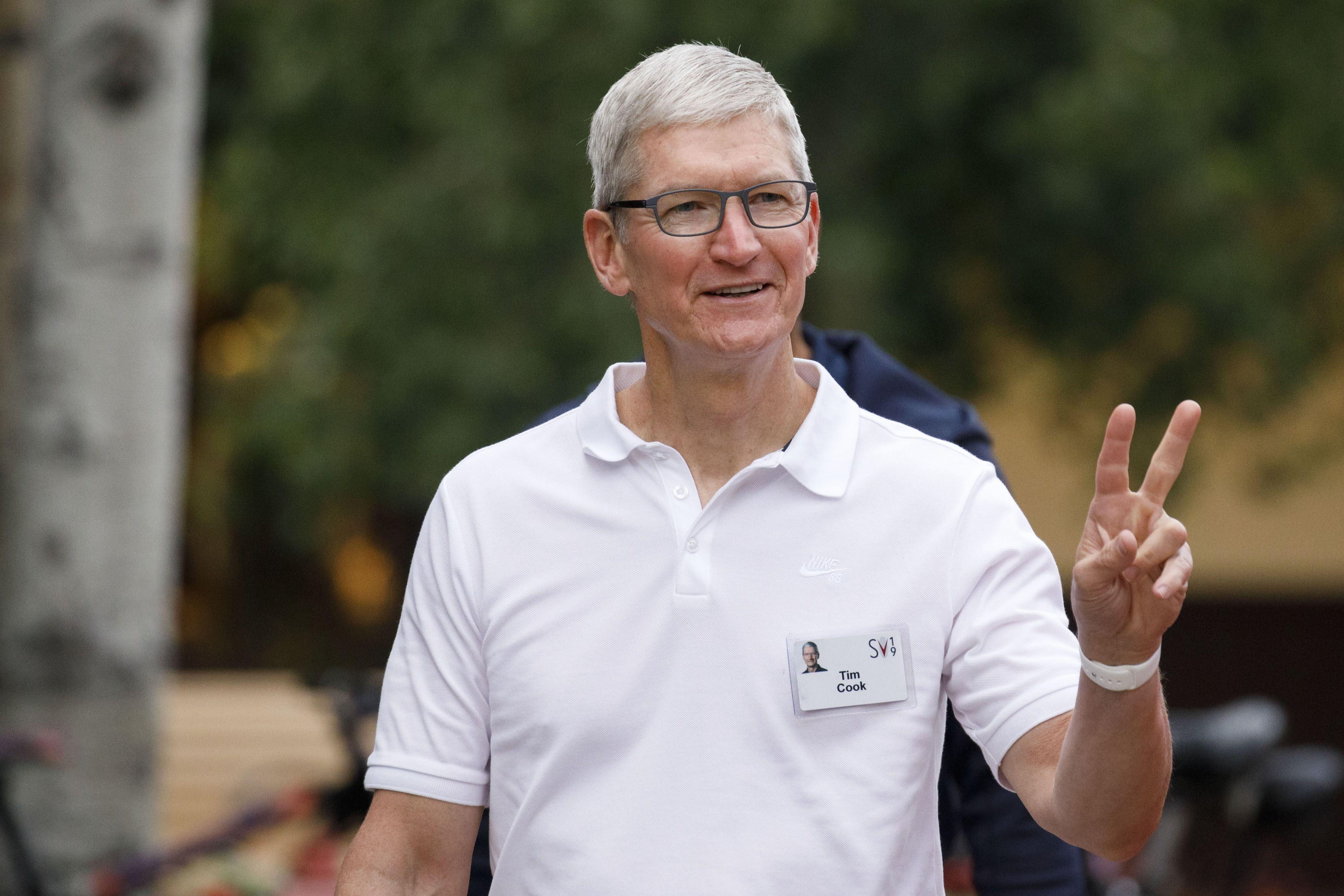 News post image: Why Apple CEO Tim Cook Invested in a Shower Head
