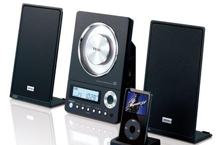 TEAC's CD-X10i makes your CDs and iPods erect