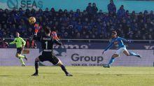 Mertens torna al gol e Napoli vola: 1-0 all'Atalanta