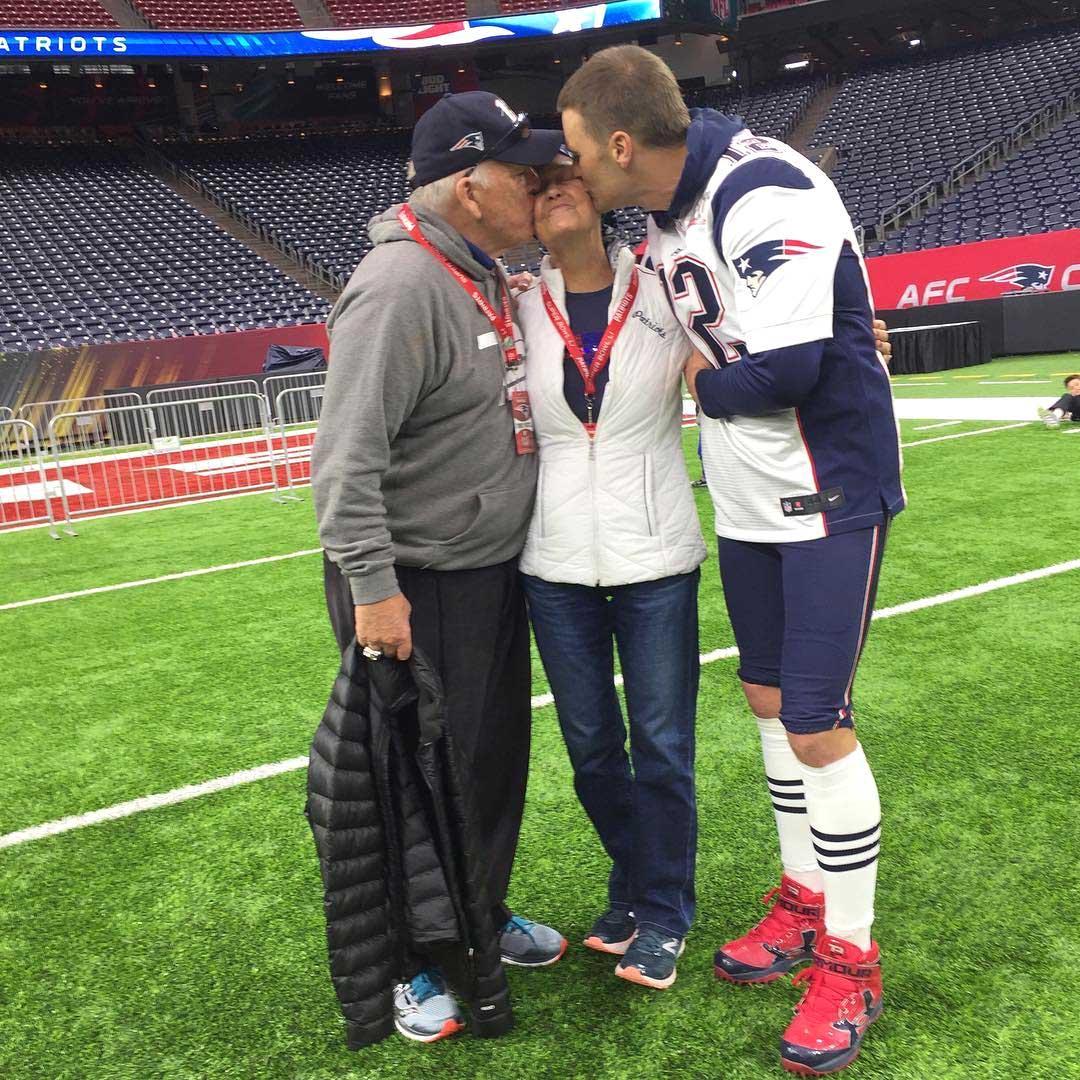 Family Guy: Tom Brady Kisses Sick Mom Ahead of Super Bowl