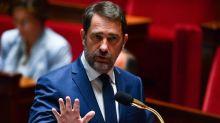 """Christophe Castaner promet """"une sanction"""" pour """"chaque faute"""" ou mot raciste dans la police"""