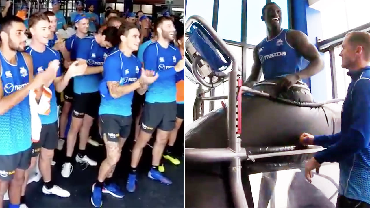 Sporting world goes nuts over beautiful Majak Daw moment