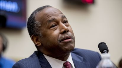 Carson attacks Omar's stance on abortion