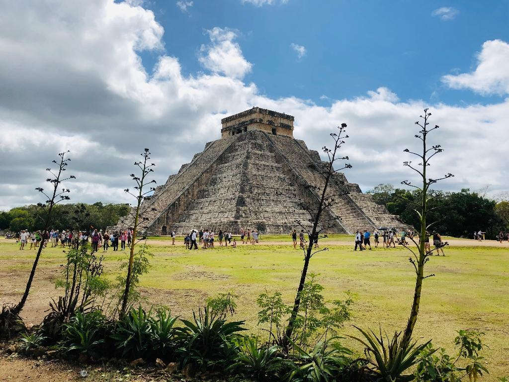 Archaeologists have discovered a cave filled with hundreds of artifacts beneath the ruins of the Mayan city of Chichen Itza in Mexico