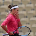 Australian Open arrivals hit by 4 COVID-19 positive tests