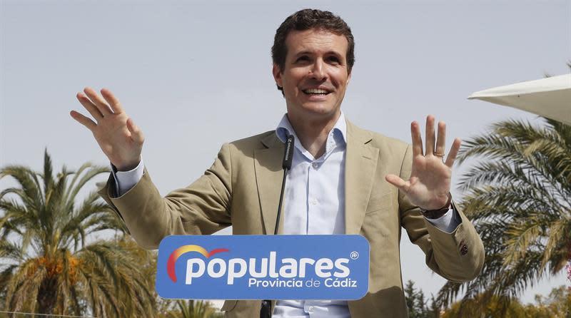 Casado ofrece a Rivera ser su ministro de Asuntos Exteriores