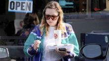 Amanda Bynes Steps Out to Grab Pizza in Los Angeles as She Returns to Social Media