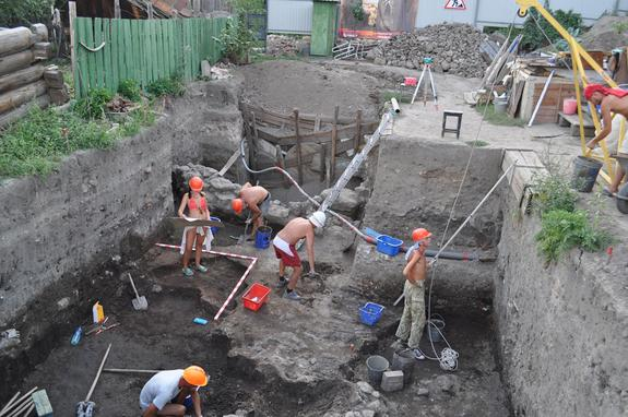 """Archaeologists with the Saratov Regional Museum of Local Lore have uncovered part of the city of Ukek. Built by a khanate (a kingdom) called the """"Golden Horde"""" the city flourished between AD 1250 and 1395. Today much of it is covered by modern"""