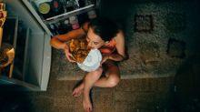 Cenar tarde engorda, y los endocrinos saben la razón