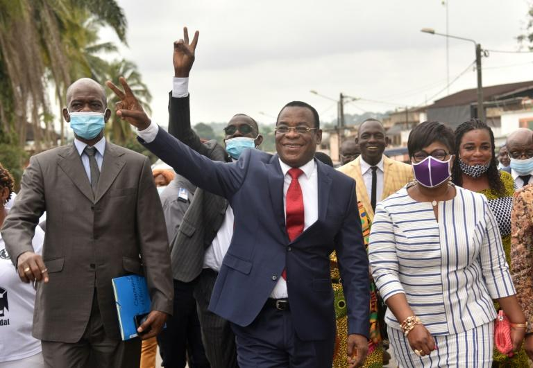 Second Ivory Coast candidate urges 'civil disobedience'