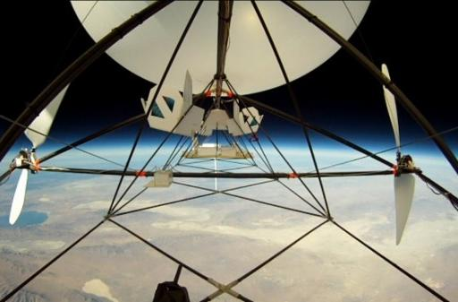 DIY unmanned airship soars 95,000 feet above Earth, lays claim to new record (video)