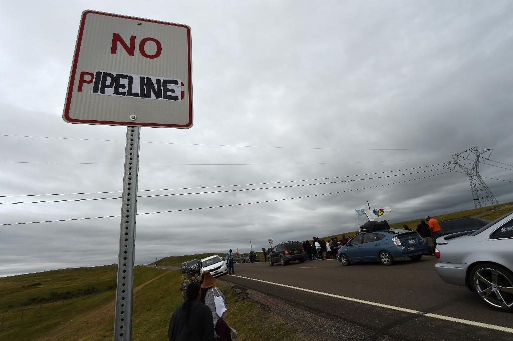 The Dakota Access Pipeline would snake through four US states, delivering oil from North Dakota to Illinois, where it can be shipped to other parts of the country (AFP Photo/Robyn Beck)
