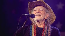 """Willie Nelson: Trump Border Policy is """"Outrageous"""""""