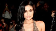 Kylie Jenner Shows Off Slim Post-Baby Bod 7 Weeks After Welcoming Daughter Stormi