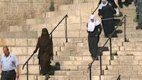 Israeli police deploy in Jerusalem ahead of Friday prayers