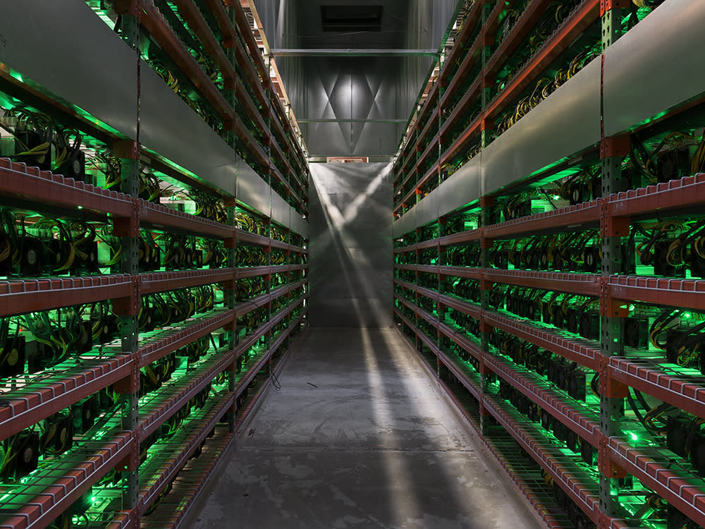 Bitcoin Could Top Out At 150k To 300k In 2022 Says Large Btc Miner