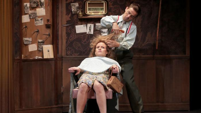 """Théâtre : """"Le Petit Coiffeur"""" de Jean-Philippe Daguerre diffusé en direct sur Facebook dimanche"""