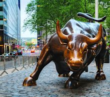 Dow Soars 700 Points On Economic Optimism; Google Stock In Buy Zone
