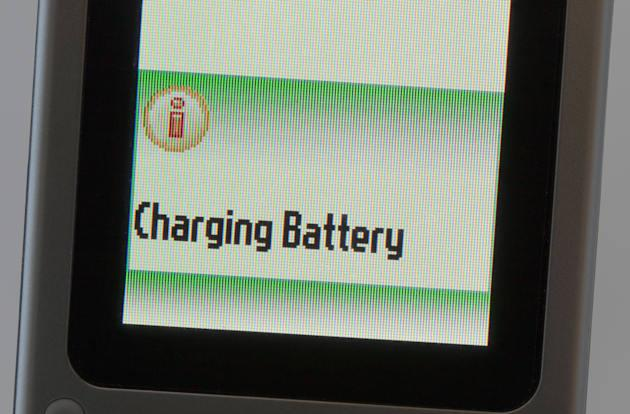 Stanford's aluminum battery fully charges in just one minute