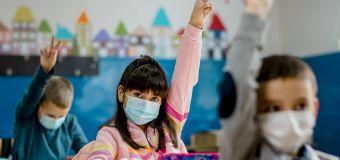 Governor's executive order bans school mask mandates