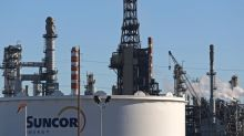 Suncor holding off on crude expansion amid Canadian pipeline confusion