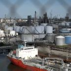Exxon sues Macquarie over missed deliveries