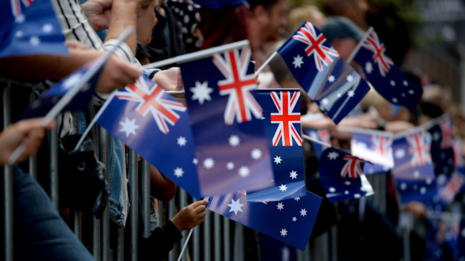 Australia 'ripping off' New Zealand with citizenship changes