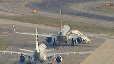 2 jets at JFK searched after bogus threats