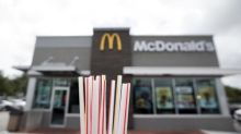 Paper straw factory to open in Britain as restaurants ditch plastic