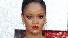 Trotz Fehler: Rihanna zeigt stolz ihr Tattoo