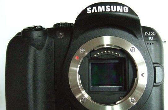 First shots of Samsung's NX10 'hybrid' DSLR surface