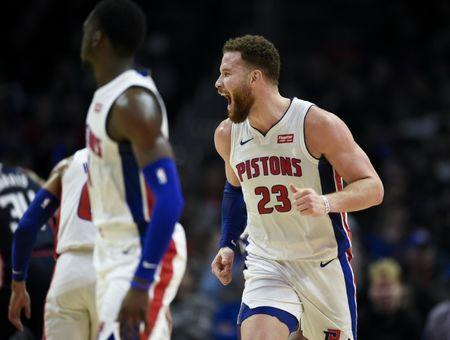 NBA roundup  Griffin dominates Clippers in return to L.A. 48f865541