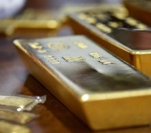 Gold eases ahead of Jackson Hole central bankers meet