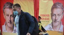 L'Ukraine se rend aux urnes pour des élections locales aux enjeux nationaux