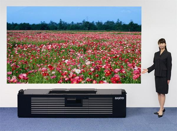 Prototype Sanyo projector throws up 1080p at near point-blank range