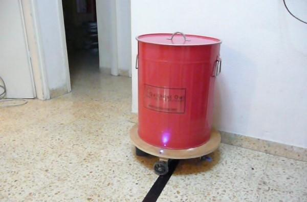 Speech-controlled garbage can makes trash fun again