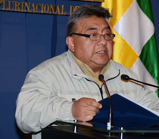 Mining leader, 2 others, accused in Bolivia official's death