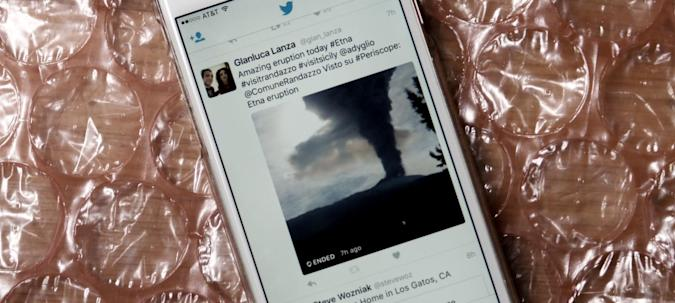 Live Periscope feeds will show up on Twitter for iOS