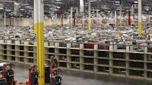 Amazon Work Rules Govern Tweets, Body Odor of Contract Drivers