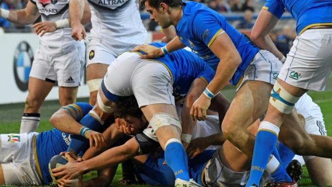 Six nations: la France mène contre l'Italie 11-7 à la mi-temps