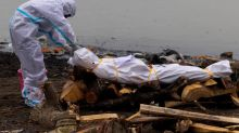 Bodies of COVID-19 victims among those dumped in India's Ganges -govt document