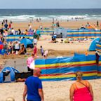Cornwall residents voice fears of coronavirus local lockdown as tourists flock to beaches