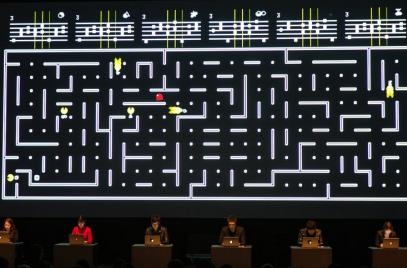 Six Pacmen turns Pac-Man into a musical conductor (sort of)