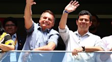 Se eleições fossem hoje, Bolsonaro venceria PT, Huck e Mandetta