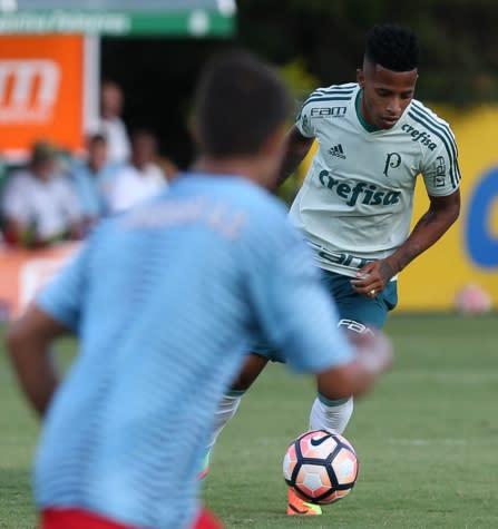 Tchê Tchê joga, e Palmeiras goleia o Jabaquara em jogo-treino