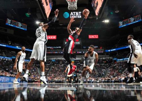 NBA西區強權馬刺不敵拓荒者雙槍俠  4分飲恨.