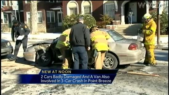 3 vehicles crash at Penn Avenue intersection